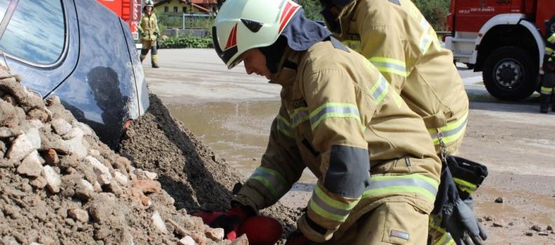 Bezirksübung der Pongauer Feuerwehren mit Ennspongauer Beteiligung